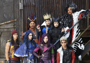 635646919229445850-descendants-disney04-132441
